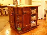 Кухненски шкаф във възрожденски стил