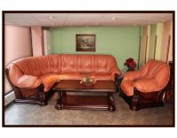Луксозен ъглов диван в класически стил